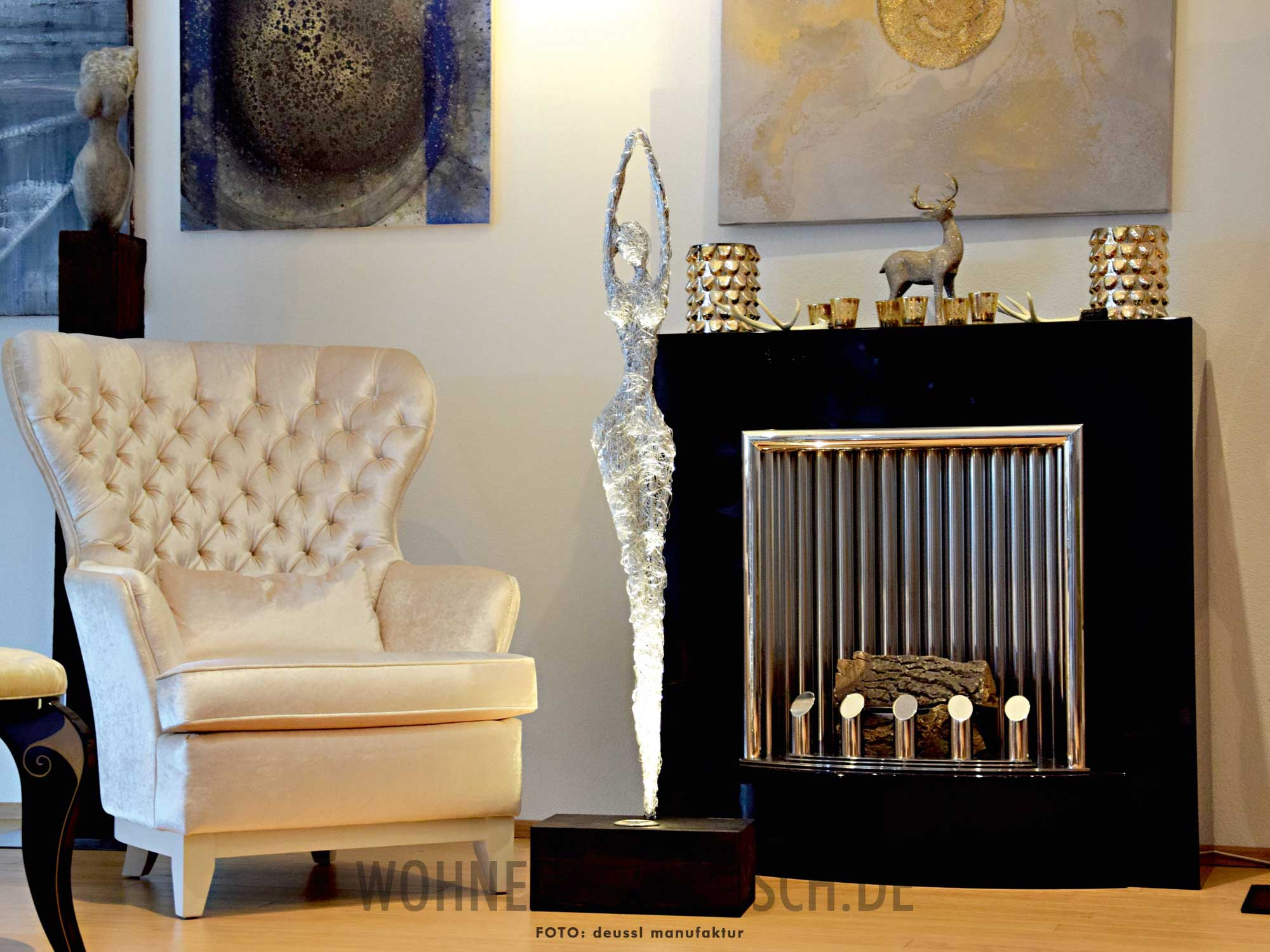 kunstlicht skulpturale eleganz klassisch wohnen. Black Bedroom Furniture Sets. Home Design Ideas