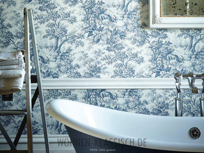 natur im blick tapete im badezimmer klassisch wohnen. Black Bedroom Furniture Sets. Home Design Ideas